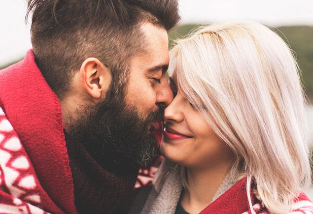 Liebesfähigkeit eines Mädchenführers zur Datierung