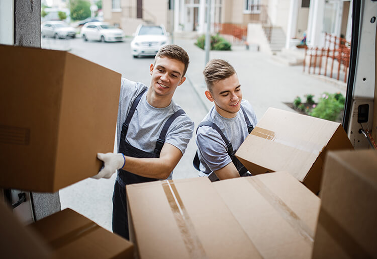 From Start to Finish: A Full Guide to Moving House