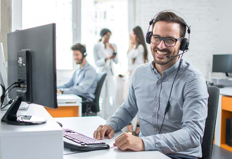 Best Voip Service >> The Best Voip Providers For Insurance Companies 2020