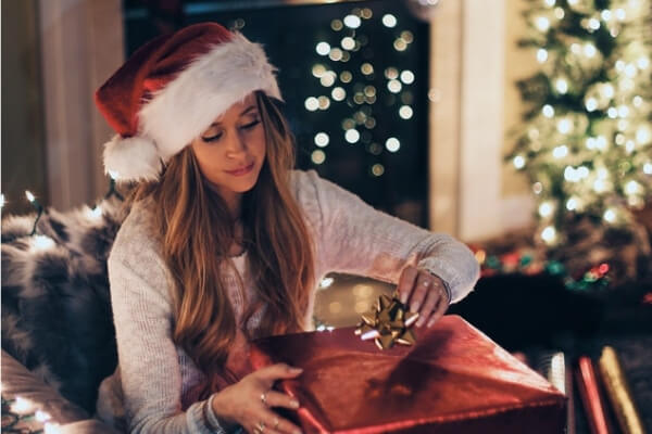 5 Reasons Why the Holidays Are the Best Time for an Online Psychic Reading