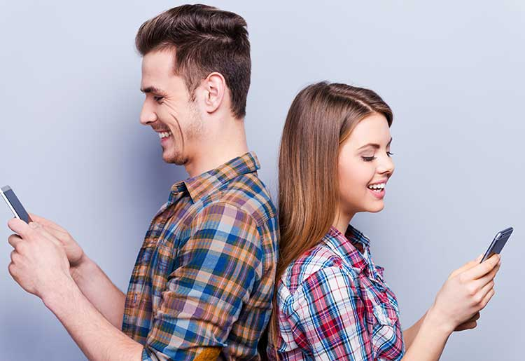 More people are using their smartphones to find love