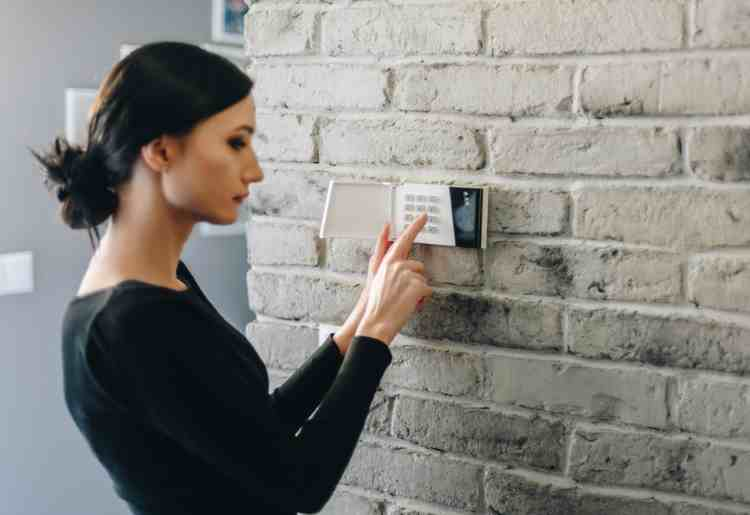 What Are the Best Home Security Systems for Renters?