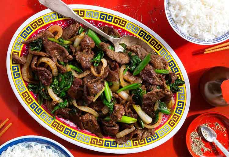 Speedy Mongolian Beef and Spinach Stir-Fry over Rice