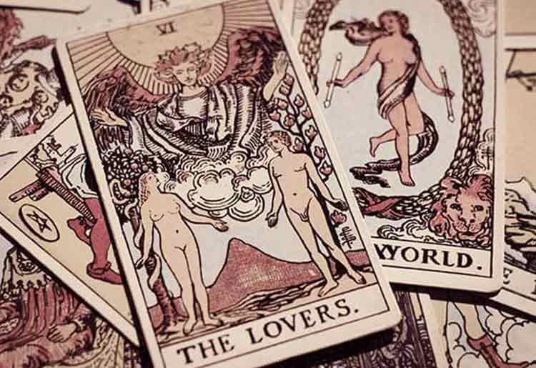 Marriage Prediction & Tarot Readings - Tarot Card Spread