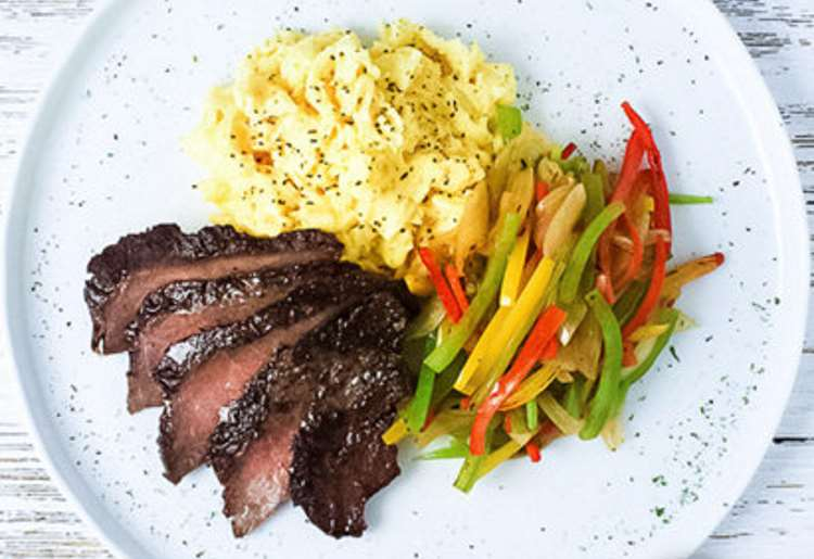Steak and Eggs with Peppers and Onions (Frozen)